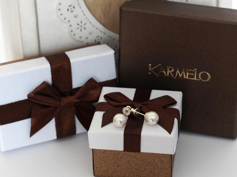 pomysł na prezent- biżuteria srebrna, perły