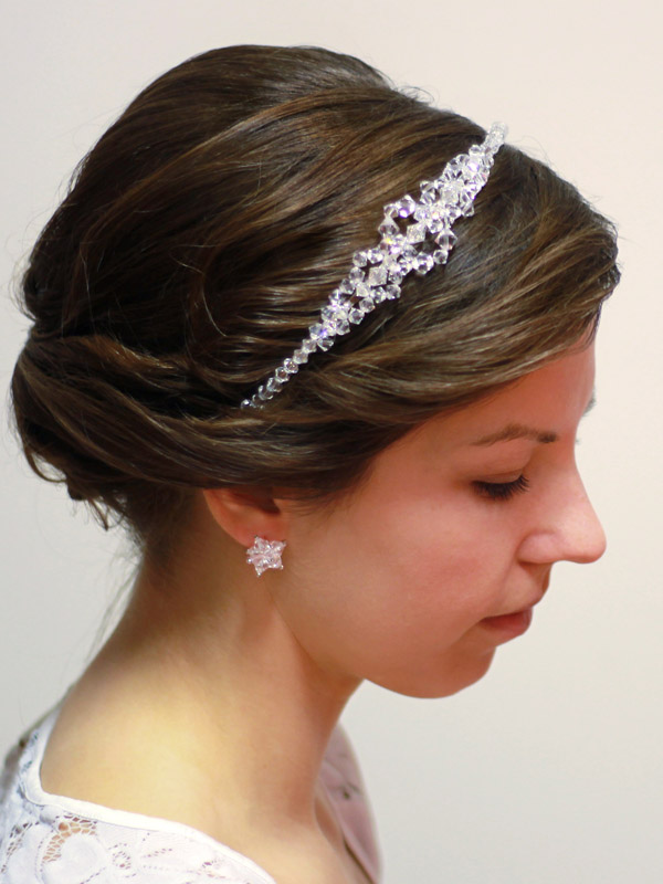 ozdoby do fryzury ślubnej - modelka