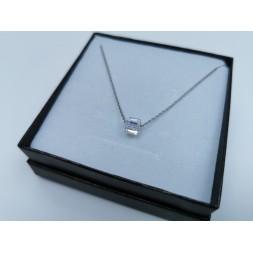 Srebrny naszyjnik  celebrytka z kryształem Swarovskiego® AB
