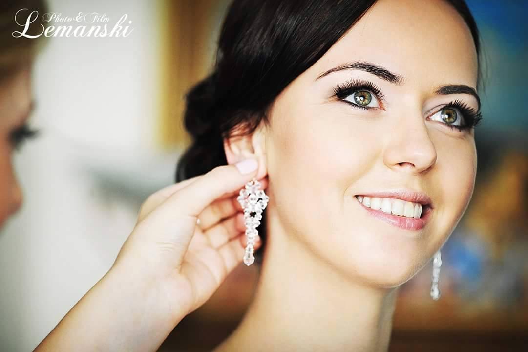 biżuteria ślubna - modelka