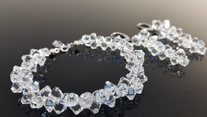 Komplet biżuteri z kryształami